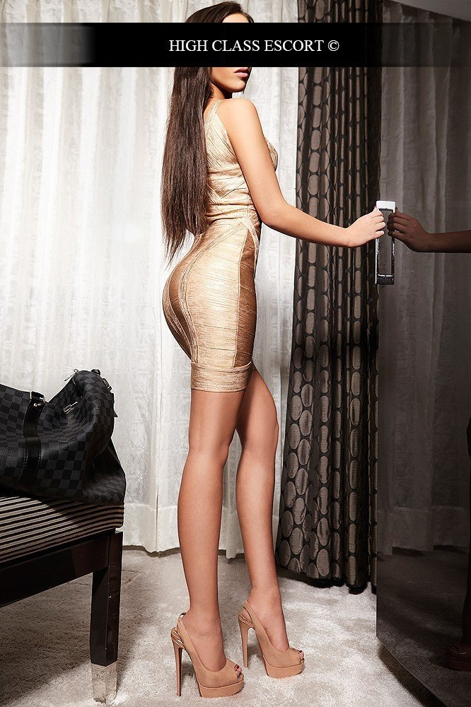 Escort Service Model for Cologne Anna