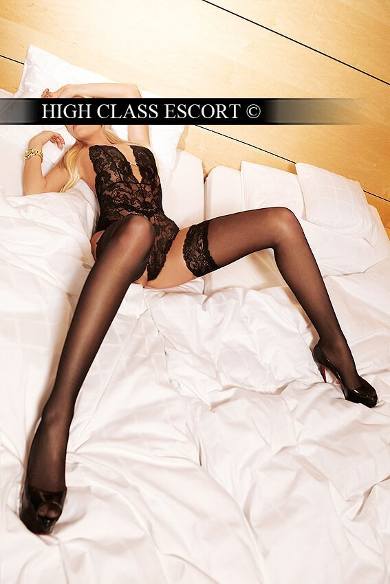 Escorts dusseldorf Model and escort service debbie