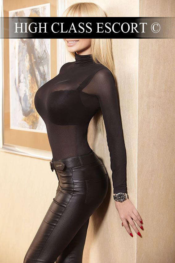 Escortservice Dusseldorf Model Emilia