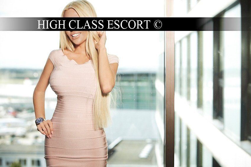 Escort Model Dusseldorf Nicole 7