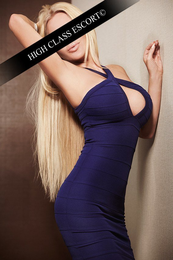 Escort Model Dusseldorf Nicole 007