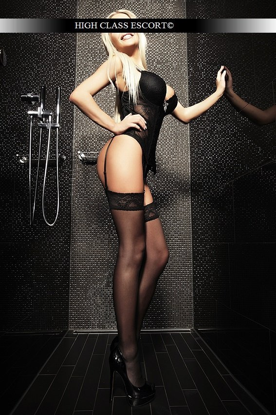 Escort Model Dusseldorf Nicole 036