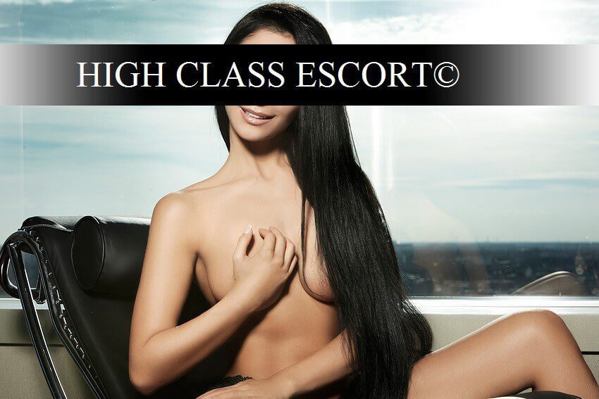 High Class Escort Model München vera-18